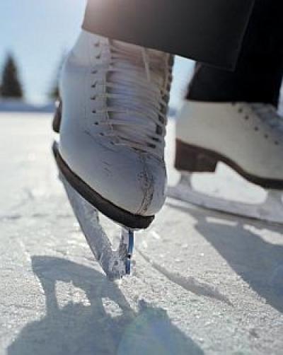 S-a redeschis patinoarul pe care Volosevici spunea că-l închide