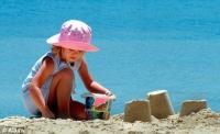 Spray-urile pentru protecție solară, periculoase pentru copii. Ar putea fi interzise