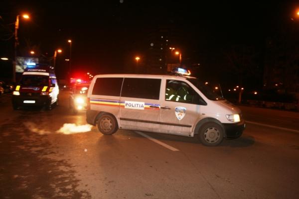 Accident in centrul Ploiestiului. Un taxi, facut zob!