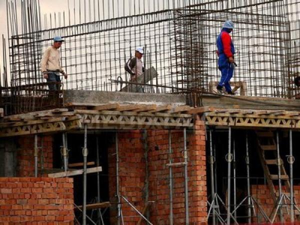 Fiscul ploiestean controleaza constructiile de pe strada Miron Costin