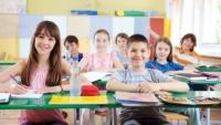"Elevii si liceenii care au inceput scoala inainte de 15 septembrie. ""Pretul"" platit pentru a invata ca in strainatate"