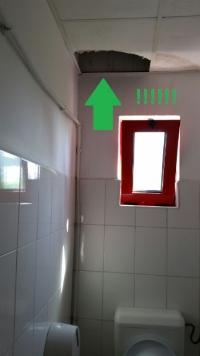 """Scrisoarea unui ploiestean: Atentie! Nu intrati in toaleta la """"Casa Berarului""""!"""