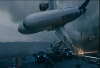 IMAGINI APOCALIPTICE! Un avion este surprins în timp ce se prăbușește