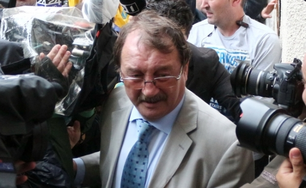 Mircea Băsescu, la Tribunal. Cere arest la domiciliu