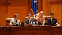 POLITICIENII români, în cele mai CARAGHIOASE IPOSTAZE