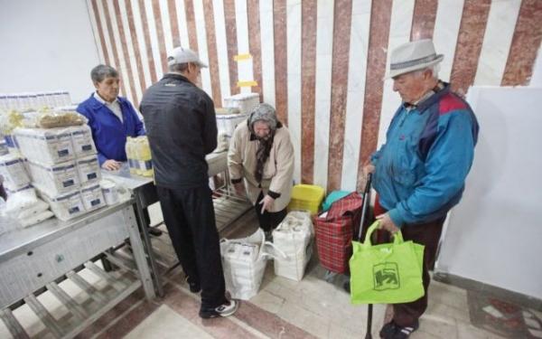 Ploiestenii amarati vor primi ajutoare alimentare de la UE