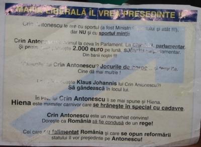 Au apărut fluturaşi anti-Crin Antonescu