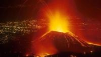 Vulcanul Etna a erupt din nou. Aeroportul din Catania a fost închis FOTO şi VIDEO