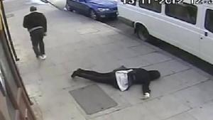 """Batuti degeaba. """"Lovește și fugi"""" intr-un oras mare al Romaniei. Un boxer a bagat oameni in spital numai de dragul distracției. I-a lovit brutal pe strada, la intamplare"""