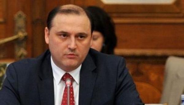 """Ministru Răzvan Cotovelea, despre ANAF: """"Am aşteptat 45 de minute să plătesc taxele. Serviciile sunt mizerabile"""""""