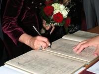 Vezi programul Serviciului de Stare Civila, de Rusalii
