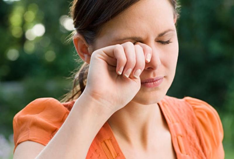 Optrex actidrops picaturi revitalizante ochi obositi.
