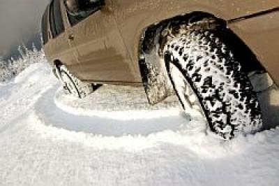 Pregatirea automobilului pentru iarna – cum alegi anvelopele