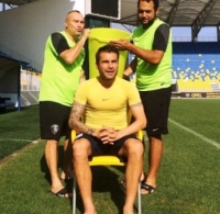Adrian Mutu a acceptat provocarea lui Constantin Anghelache şi a făcut nominalizări neaşteptate pentru IceBucketChallenge