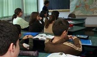 Scandal-monstru la Şcoala Simache Ploieşti: clasă dizolvată cu două zile înaintea începerii şcolii