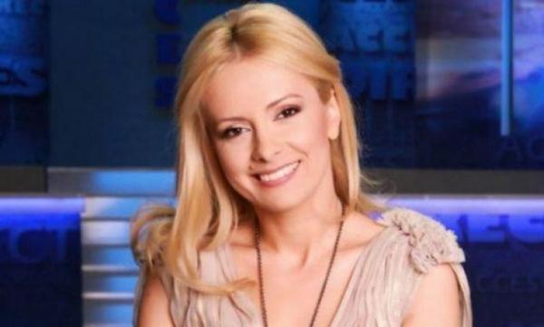 """Simona Gherghe, povestea din spatele ecranului! Detalii neştiute din trecutul moderatoarei """"Acces direct""""!"""