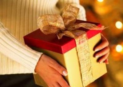 Anul asta, se poarta cadourile ieftine