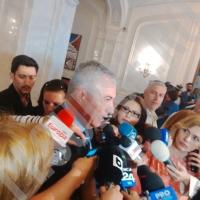 Incident fără precedent la PNL: Tariceanu a fost DAT AFARĂ din ședința PNL