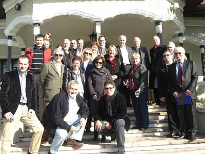 10 ambasadori au vizitat cramele Halewood de la Urlaţi