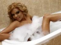Momente grele pentru Beyonce de Romania. Copilul ei s-ar putea naste orb! Vazi motivul incredibil!