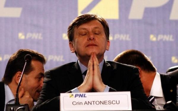 Antonescu a cedat nervos. Seful PNL si-a pierdut controlul, in direct