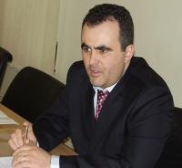 Elvis Arghir aşteaptă o explicaţie scrisă din partea PDL Câmpina