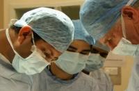 Medicii vor putea desfasura activitati remunerate, dupa program