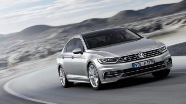 Cum arată şi cu ce vine noul VW Passat 2015. GALERIE FOTO