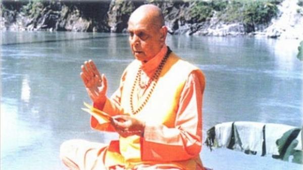 Gupta Swami prezice moartea presedintelui Băsescu.Tot el a prevestit sfârşitul tragic al Ceauşeştilor
