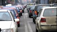TRUCURI PENTRU TRAFIC AGLOMERAT: Cum să faci mai mulţi kilometri cu aceeaşi cantitate de combustibil