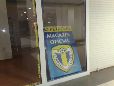 FC Petrolul îşi deschide magazin în Winmarkt Grand Center