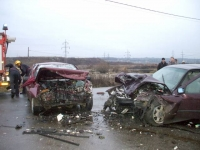 Accident soldat cu doua victime, la Boldesti-Scaeni
