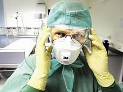 O bolnava de gripa porcina a nascut la Maternitatea Ploiesti
