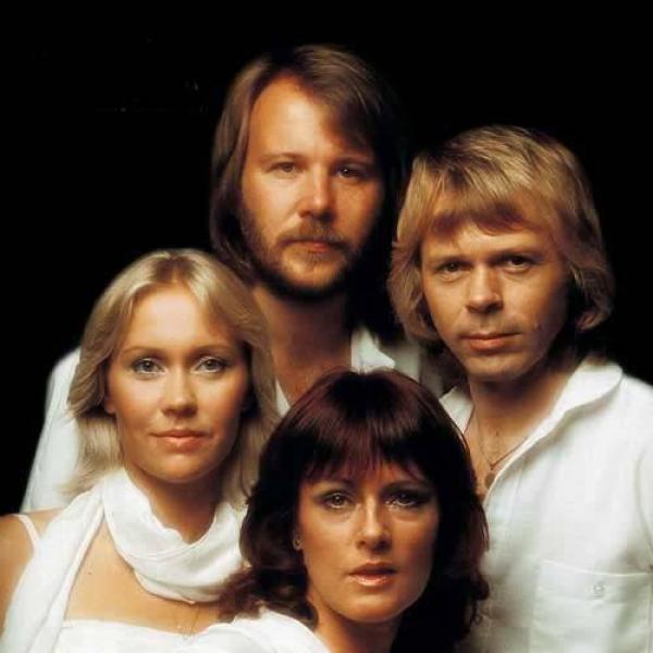 Cum arată astăzi fermecătoarea blondă din trupa ABBA?  INCREDIBILE FOTOGRAFII