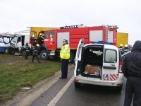 Accident cu un TIR si un autobuz, in Aricestii Rahtivani