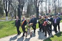 96 de ani de la Unirea Basarabiei cu Romania. Autoritatile au depus buchete de flori la bustul lui Constantin Stere