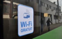 Vrei internet wireless pe telefon, in localuri? DOAR CU BULETINUL
