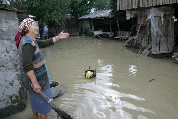 Mai multe localitati din Prahova, afectate de inundatii
