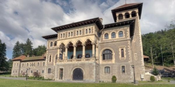Doua castele din Busteni si Comarnic, in topul celor mai frumoase din Romania