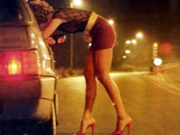 9 prostituate din Ploiesti, amendate de Politia Locala