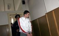 Pedofilul Marius Frumuzache e disperat! Violatorii din România ar putea fi CASTRAŢI CHIMIC