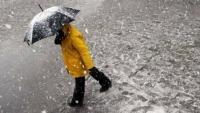Vremea se schimbă radical: Vin ploi, lapoviţă şi ninsori