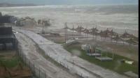 Imagini apocaliptice pe LITORAL. Plajele din Mamaia şi Jupiter, devastate de ape. COD ROŞU DE INUNDAŢII
