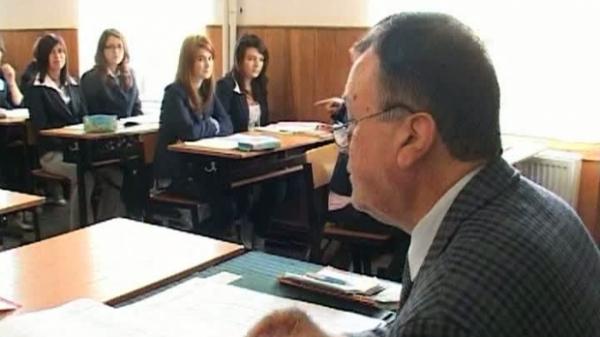 BACALAUREAT 2014. Veste BUNĂ pentru elevi. Vezi ce spune ministrul despre SUBIECTELE de la BAC