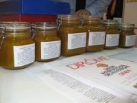 Mierea din zona Valenii de Munte, leac pentru orice boala. Vezi de unde o poti cumpara