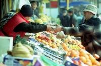 Paradoxul de pe tarabe. De ce au ajuns lămâile mai scumpe decât carnea?