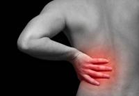 Hernia de disc: cauze, prevenire și tratament naturist