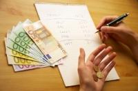 Milioane de romani ar putea plăti rate mai mici la bancă. Vezi aici DECIZIA