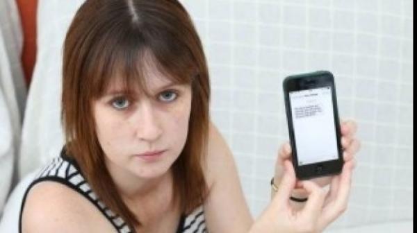 """MESAJUL INCREDIBIL de la ORANGE către o tânără care nu-şi plătise factura telefonică: """"Esti o patetica!"""""""