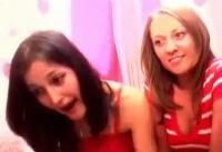 Două românce fac VIDEOCHAT, fără să ştie că sunt înregistrate! Imaginile au scăpat pe internet! VIDEO SENZAȚIONAL